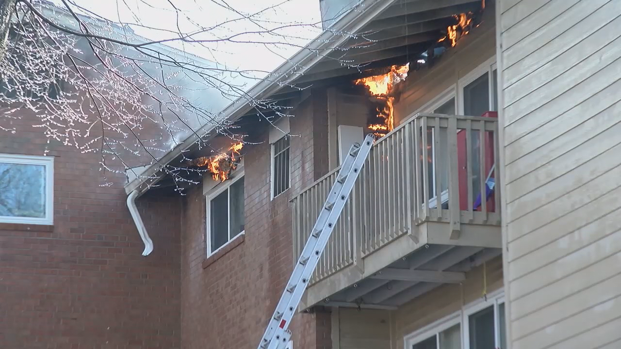 Community helps families displaced by massive apartment fire in Rockville (ABC7)