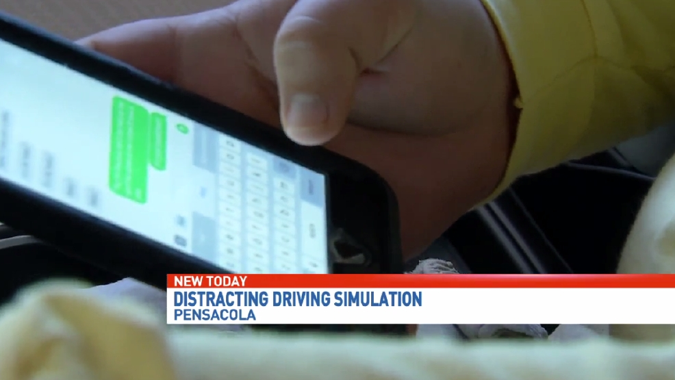 students get firsthand look at dangers of texting while driving wear. Black Bedroom Furniture Sets. Home Design Ideas